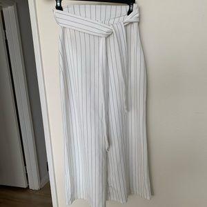 White Jeanie pants